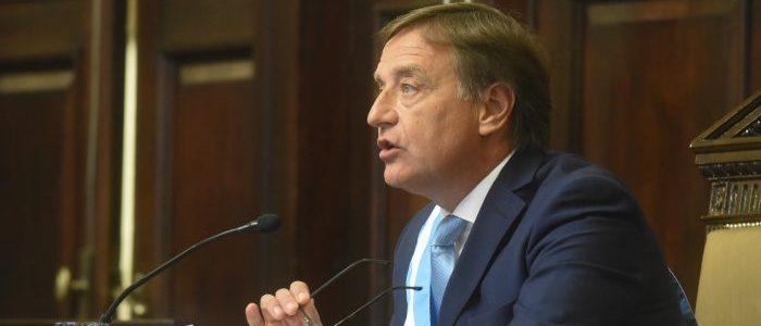 Rodolfo Suarez en la Asamblea legislativa 2020